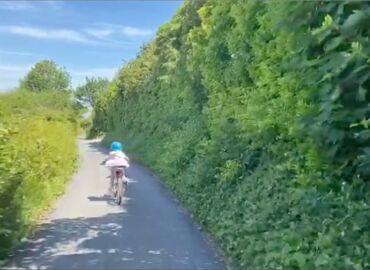 1 minute outside: Bike ride